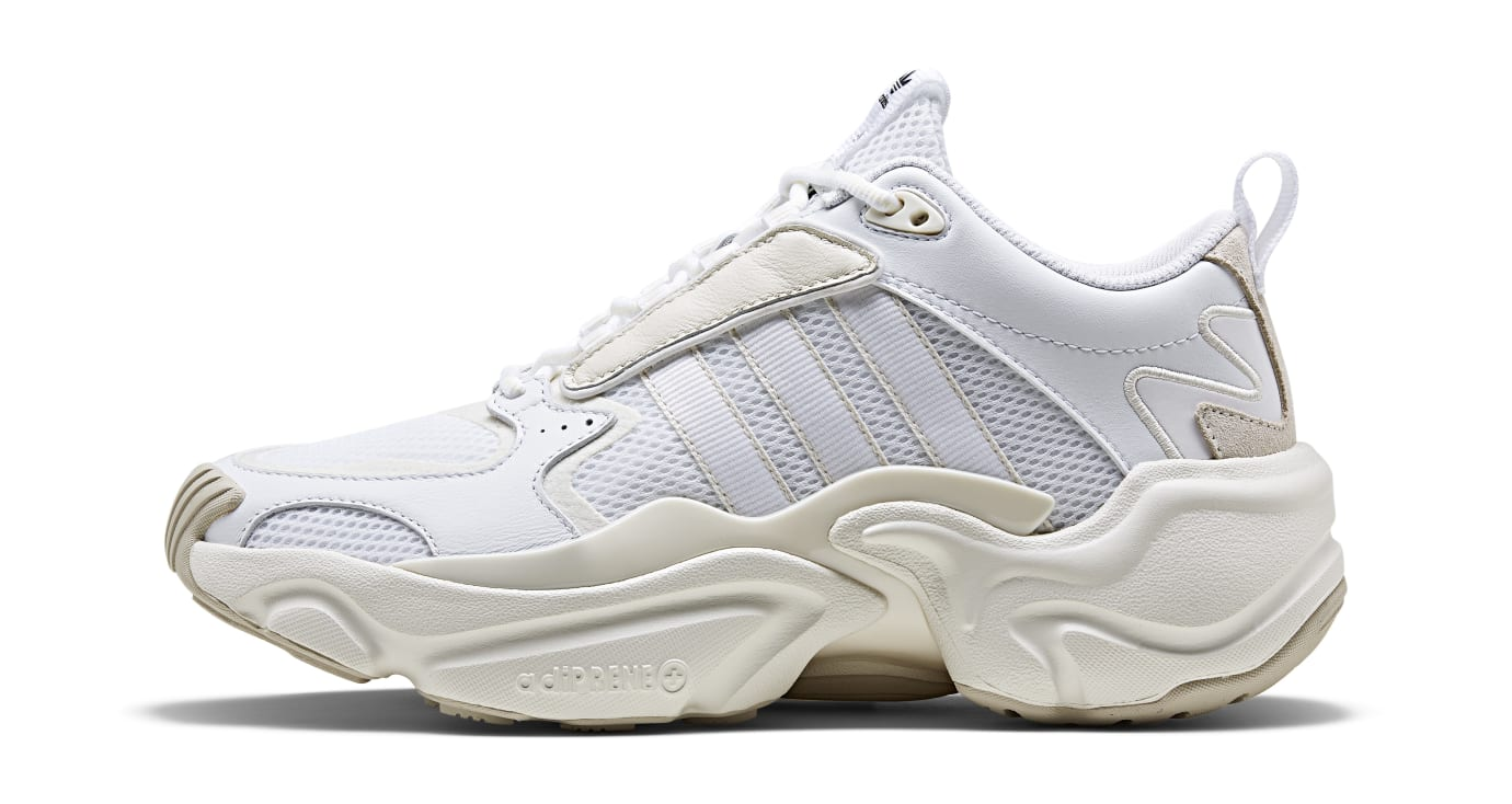 Adidas Consortium Communitas Naked Magmur Runner G54683 (Lateral)