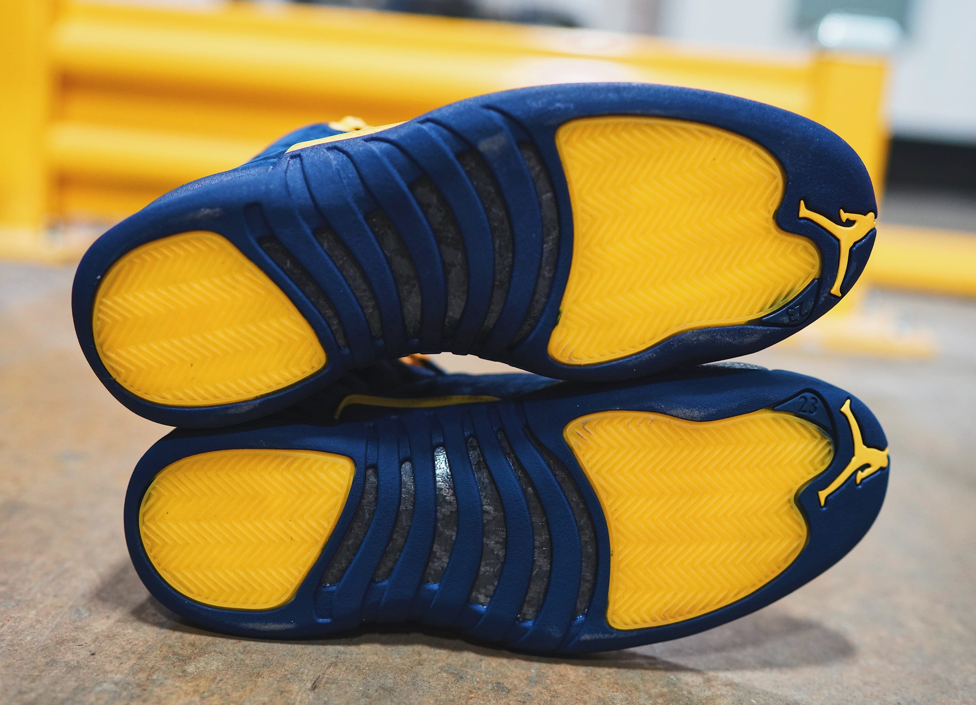 Air Jordan 12 'Michigan' BQ3180-407 (Sole)