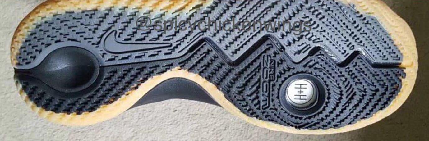 nike-kyrie-budget-sneaker-black-gum