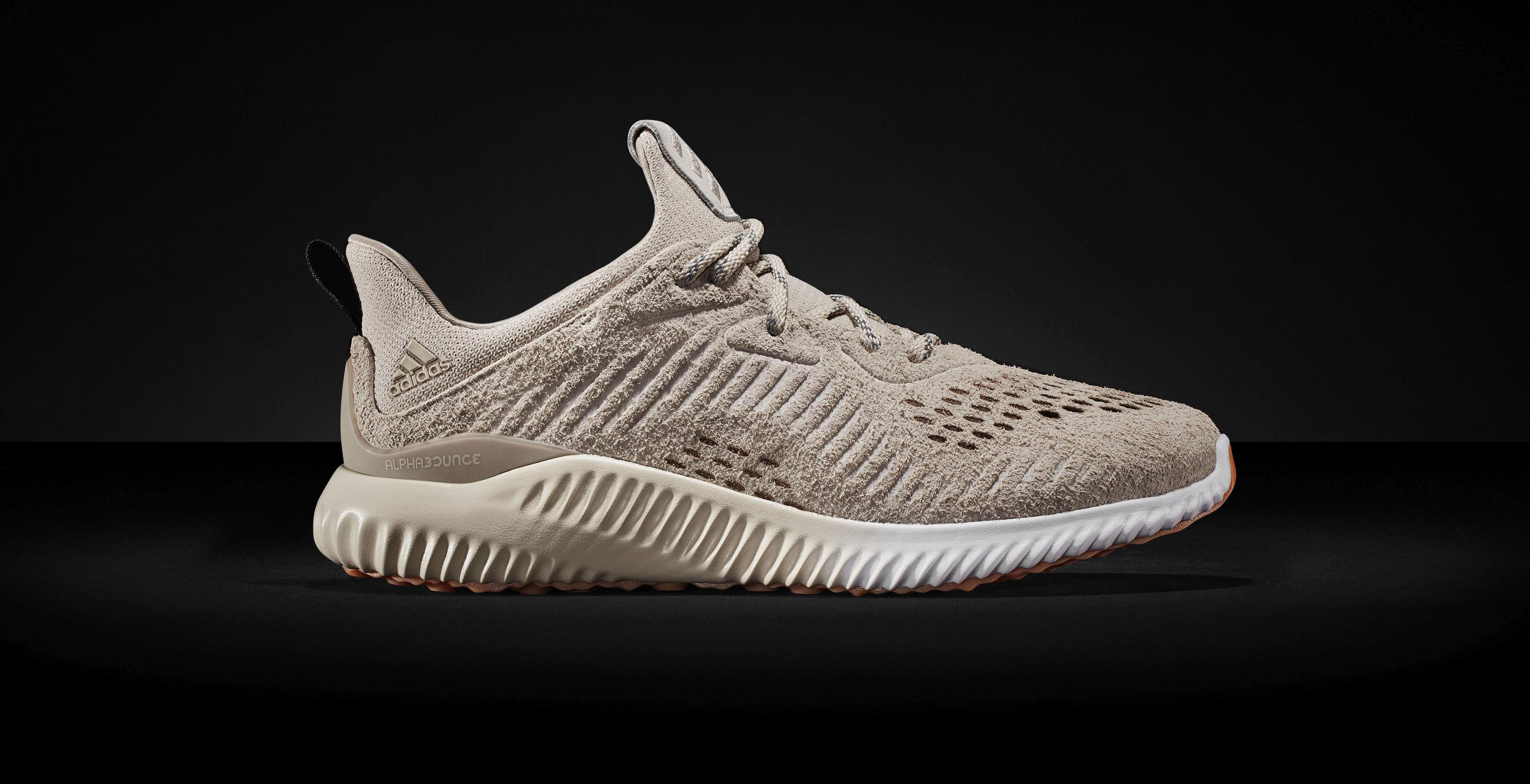 Adidas AlphaBounce Suede Khaki (Lateral)