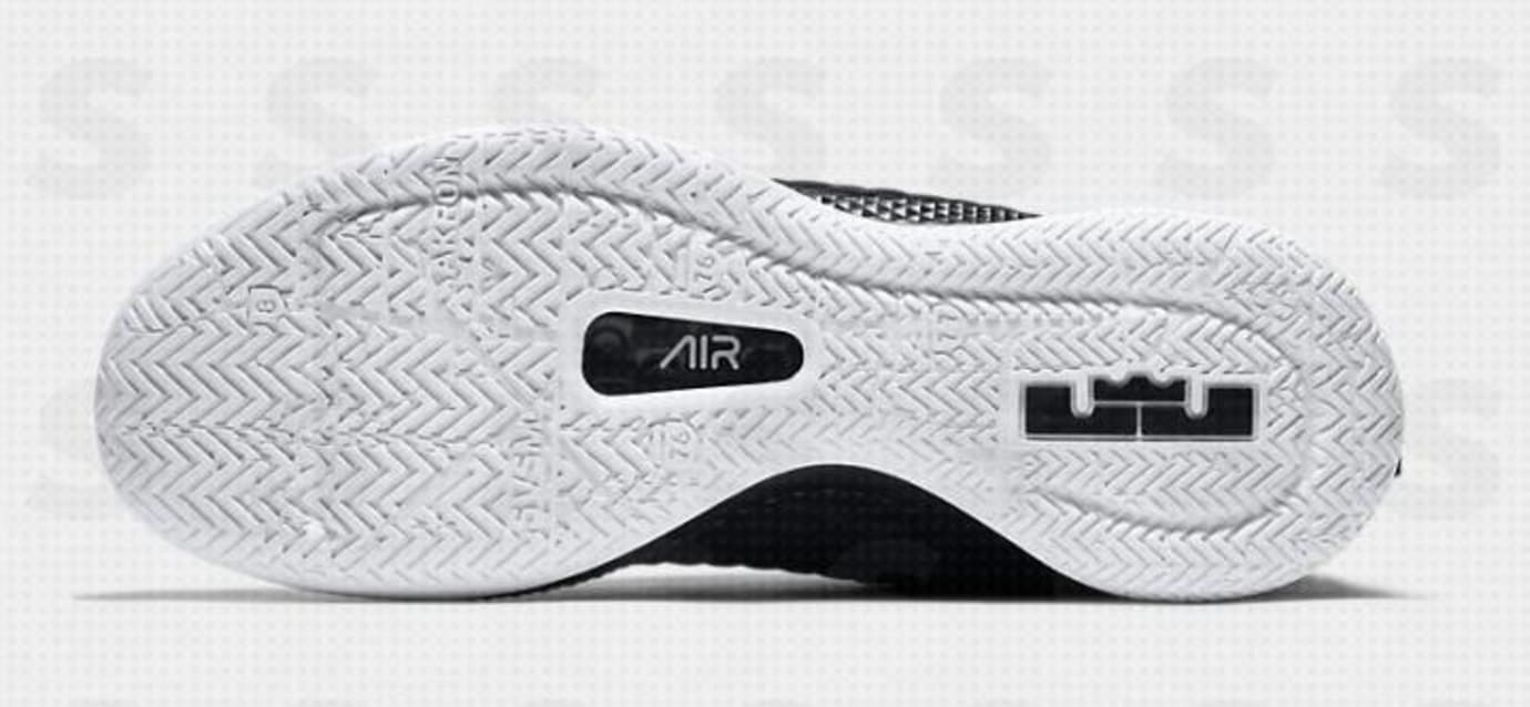 Nike LeBron Witness III 'Black/White' (Sole)
