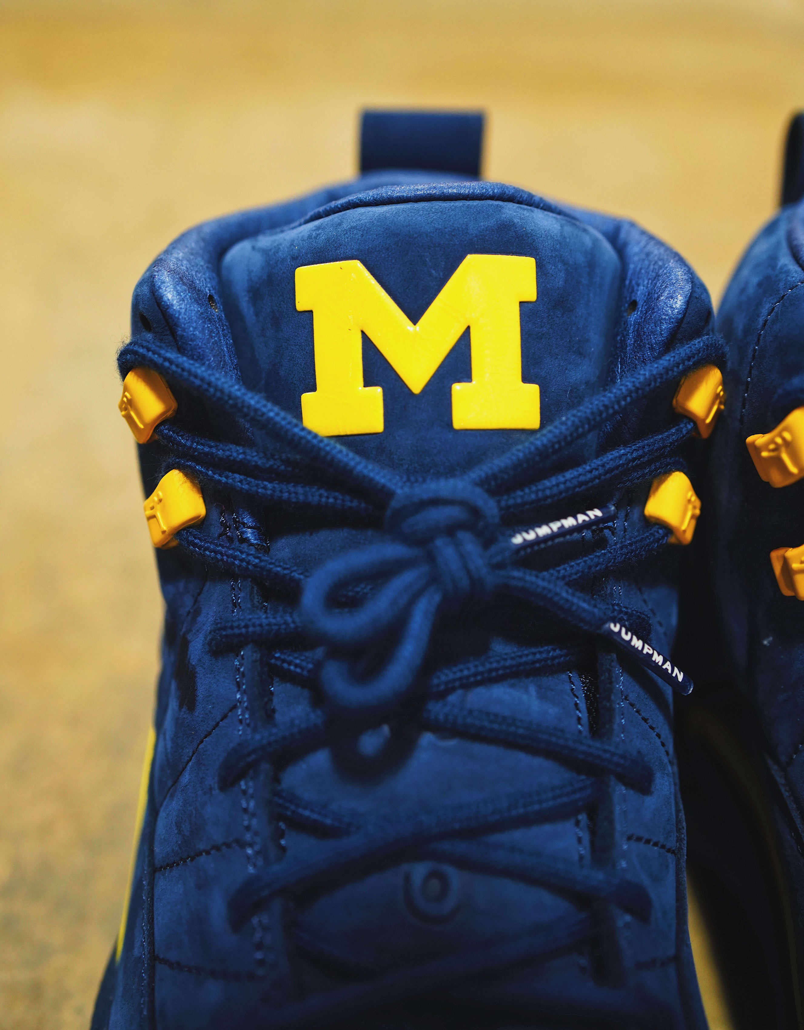 Air Jordan 12 'Michigan' BQ3180-407 (Tongue)