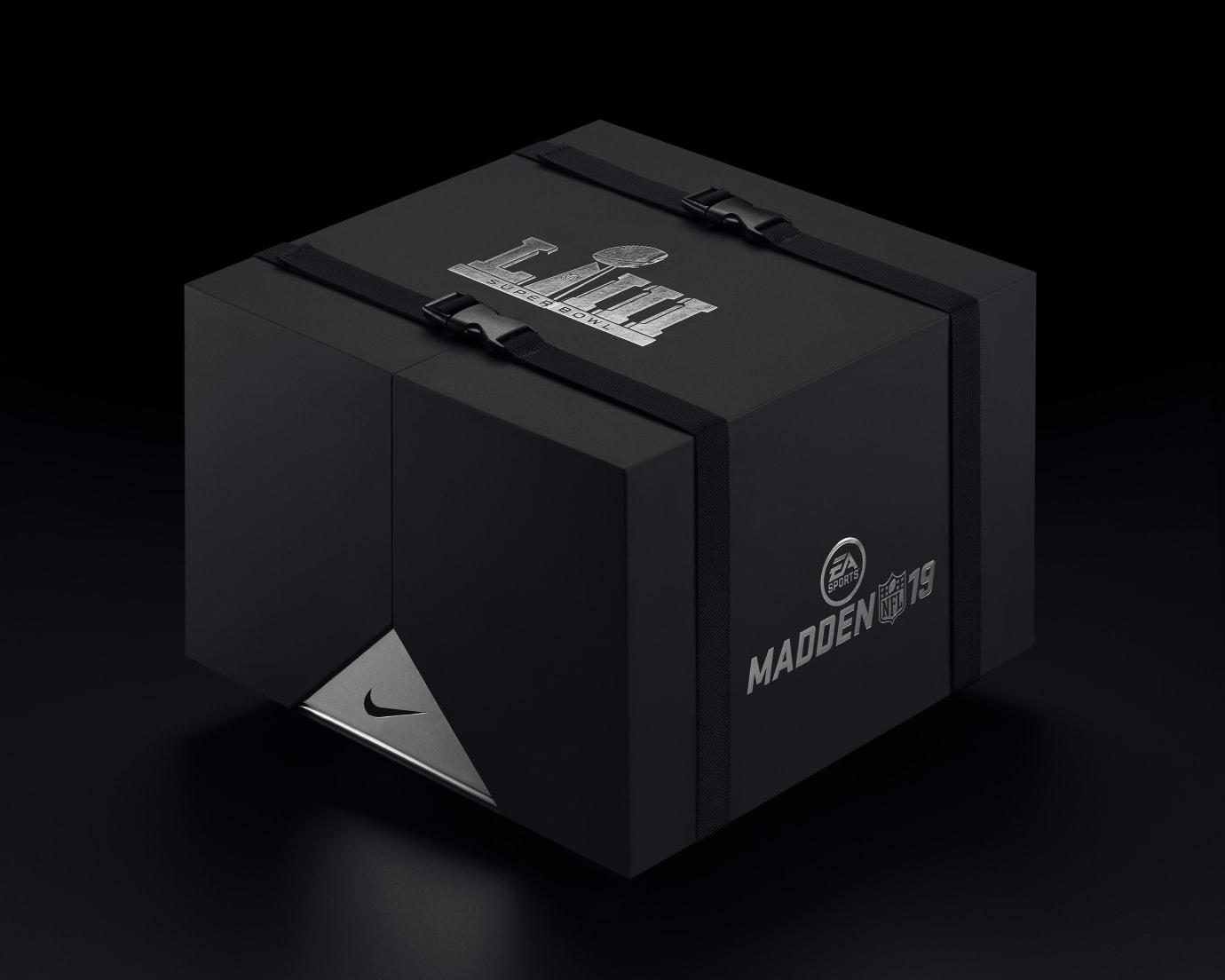 EA Sports x Nike VaporMax 19 'Madden Pack' 2
