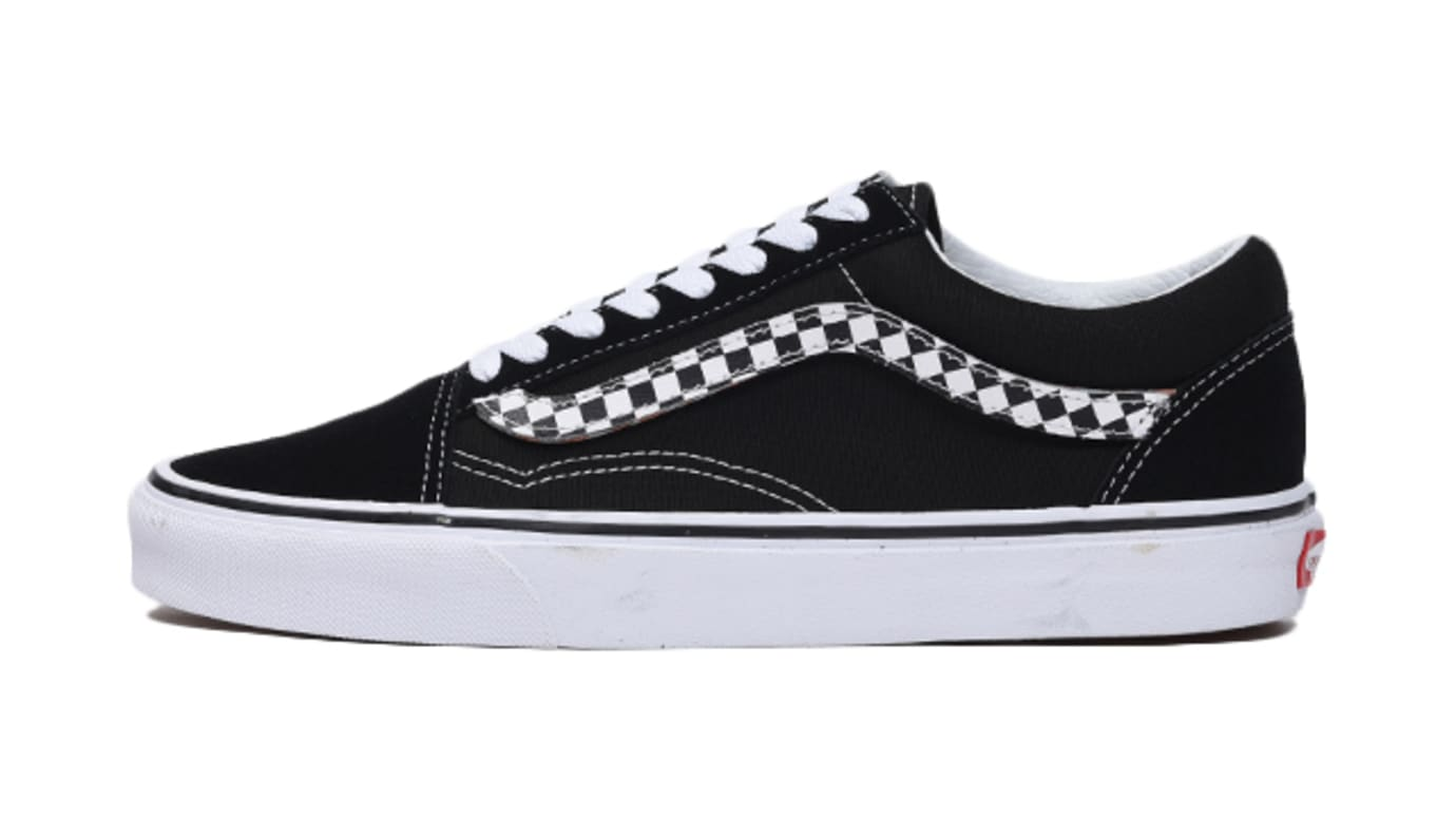 ab1690b401dd90 Vans Old Skool  Black   True White  Removable Sidestripe Release ...