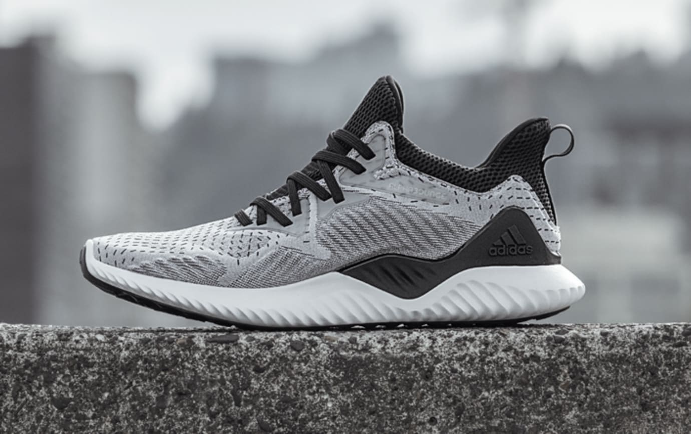 Adidas AlphaBounce Beyond DB1126 (Lateral)