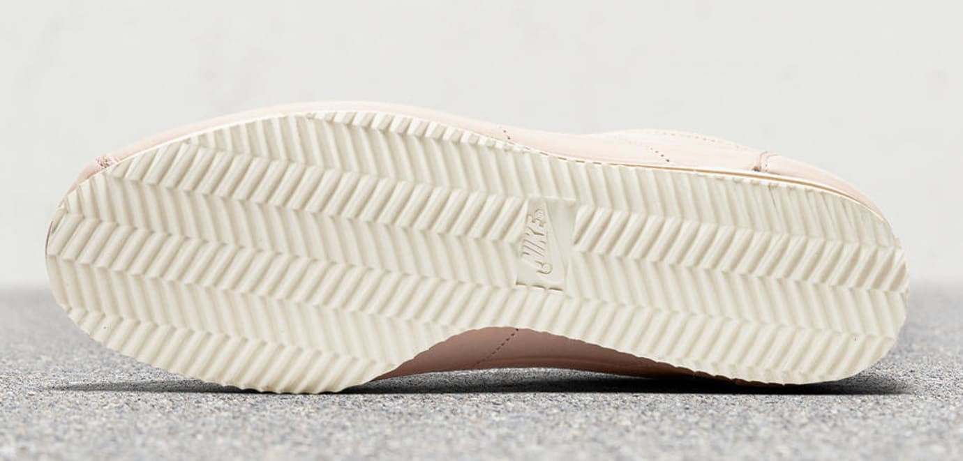 Nike Cortez LA AR5696-202 2