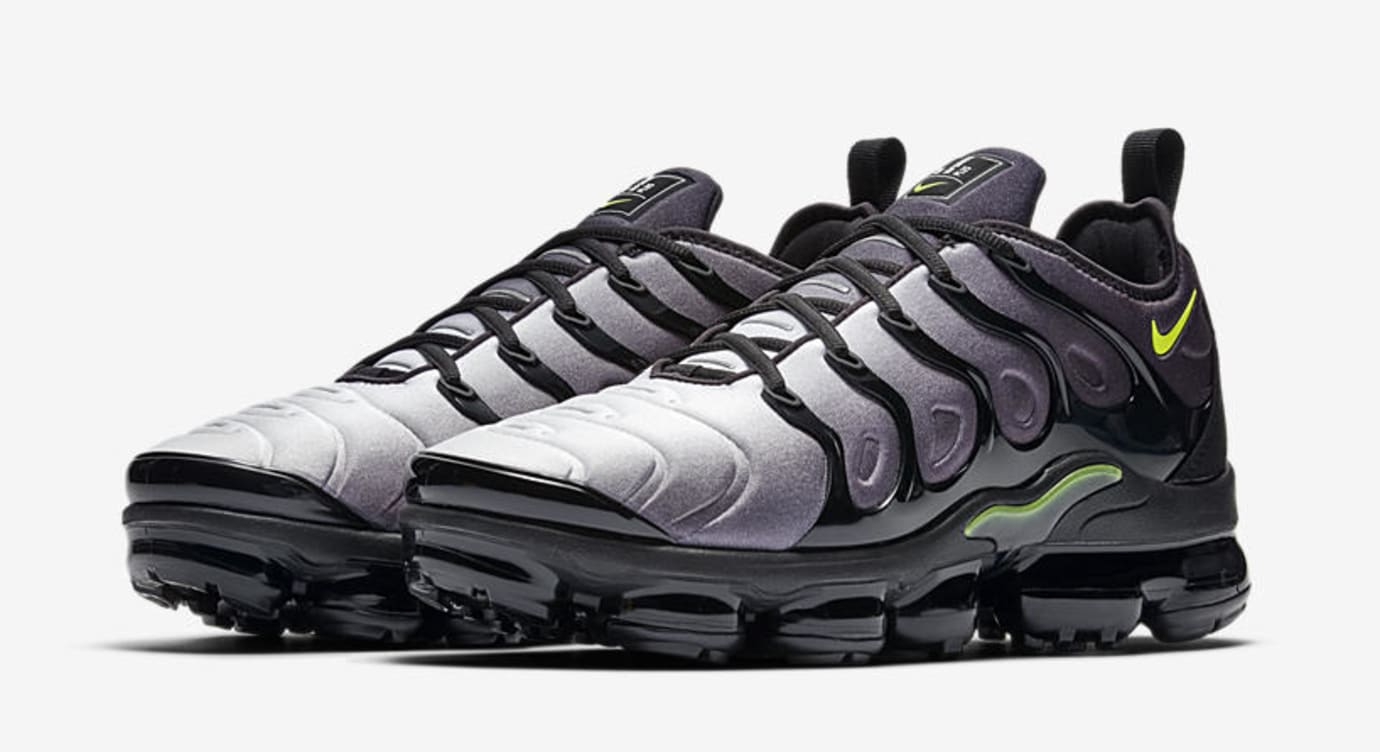 Nike Air VaporMax Plus 'Black/Volt' 924453-009 (Pair)