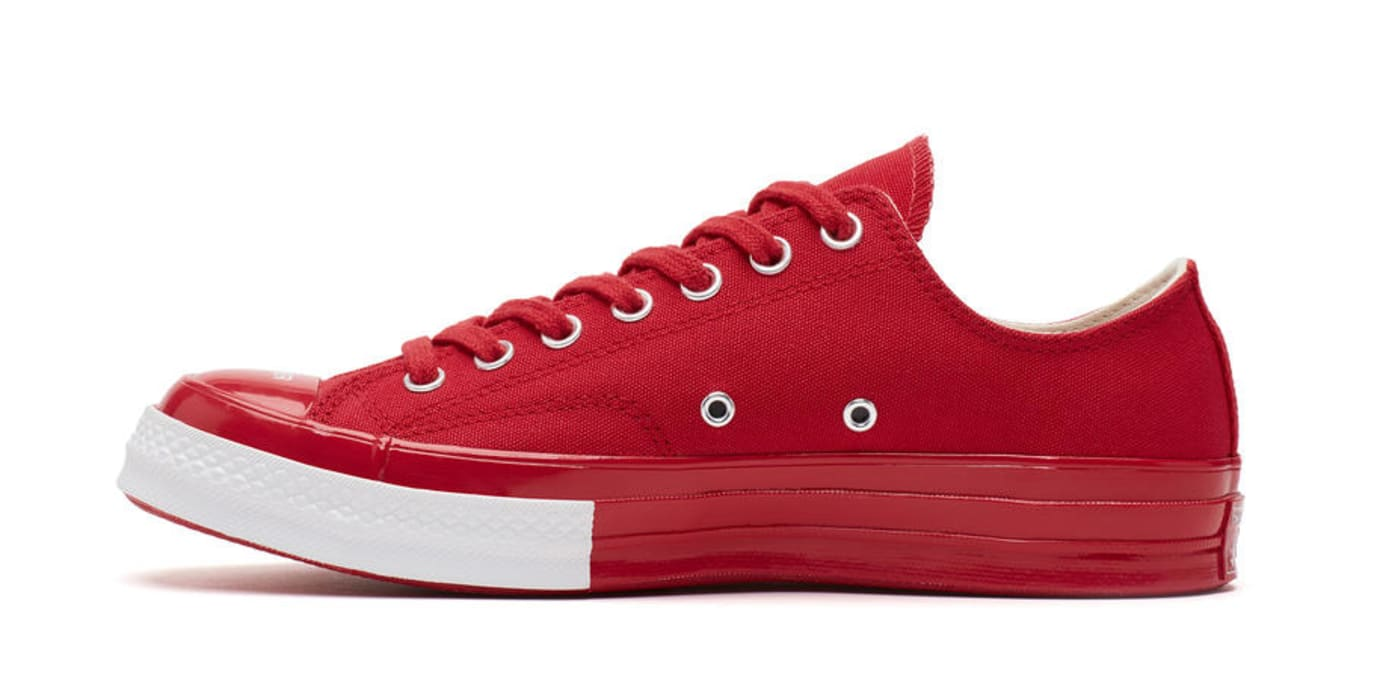 Undercover x Converse Chuck 70 'Red' (Medial)