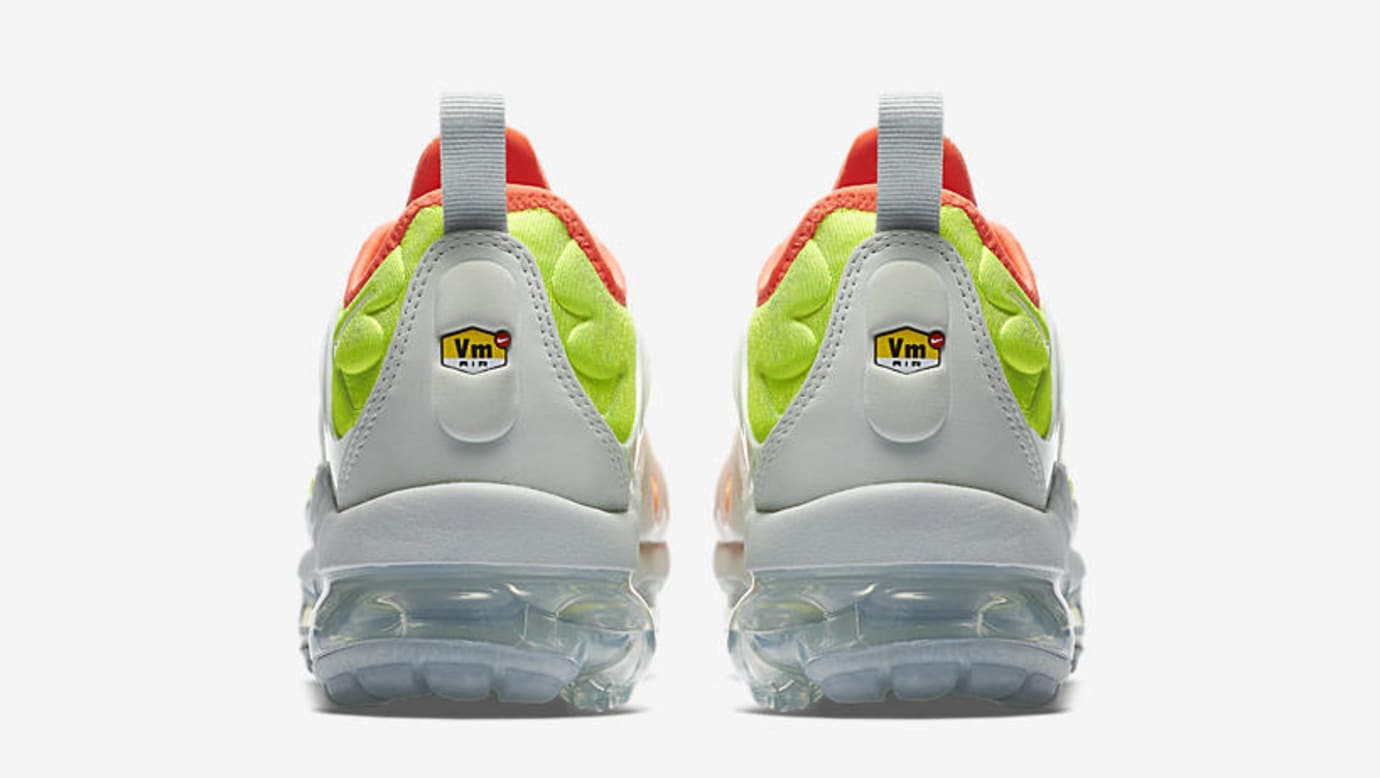Nike Air VaporMax Plus 'Barely Grey/Total Crimson' AO4550-003 (Heel)
