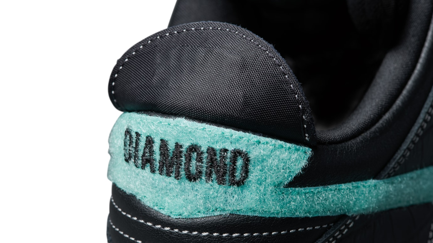 Diamond Supply Co. x Nike SB Dunk Low 'Black' (Heel)