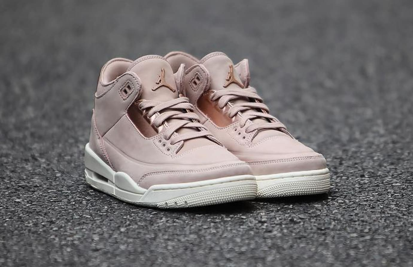 5fbfba64fb9 Image via Nike Air Jordan 3 III Women's Particle Beige Release Date  AH7859-205 Right Toe