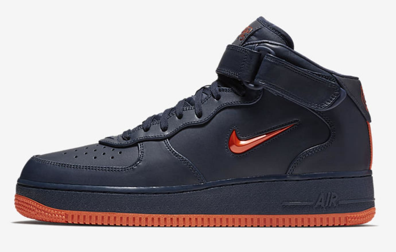 Nike Air Force 1 Mid 'NYC's Finest' AO1639-400 (Lateral)