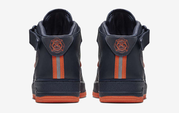 Nike Air Force 1 Mid 'NYC's Finest' AO1639-400 (Heel)
