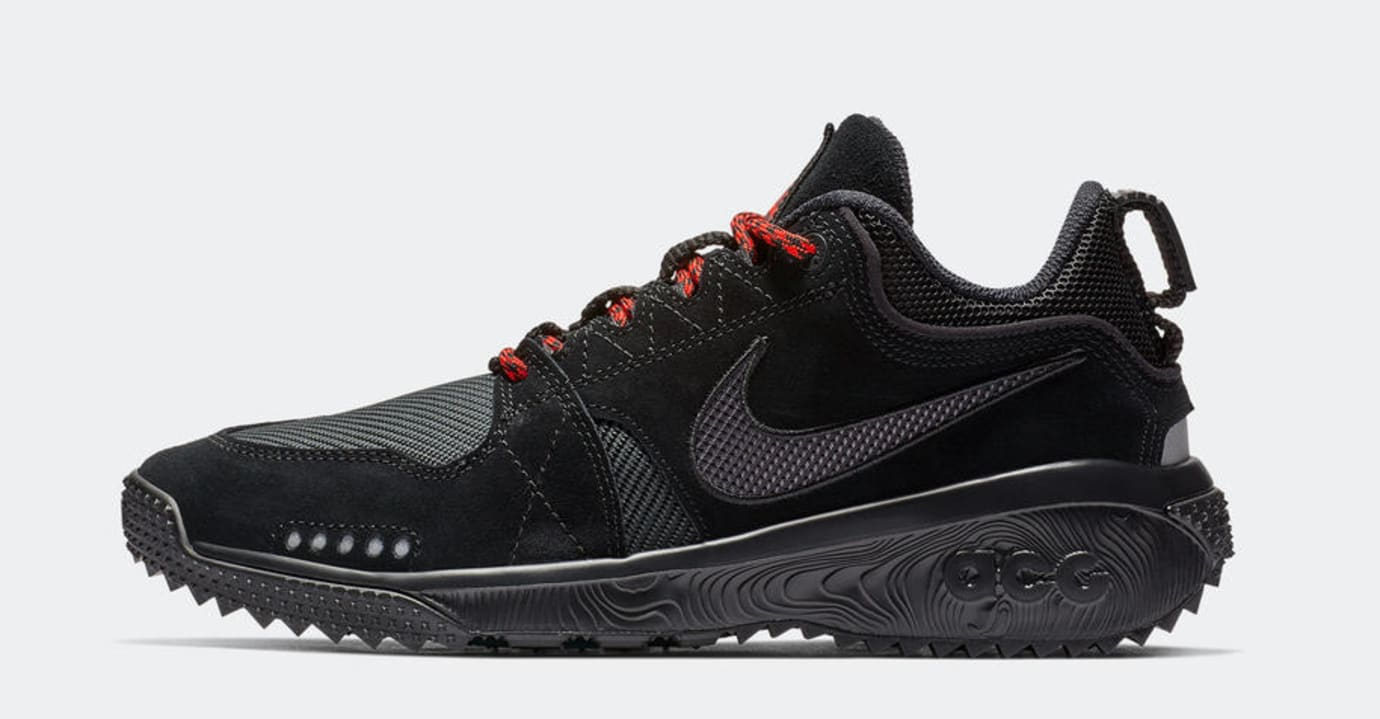 Nike ACG Dog Mountain 'Black/Red' (Lateral)