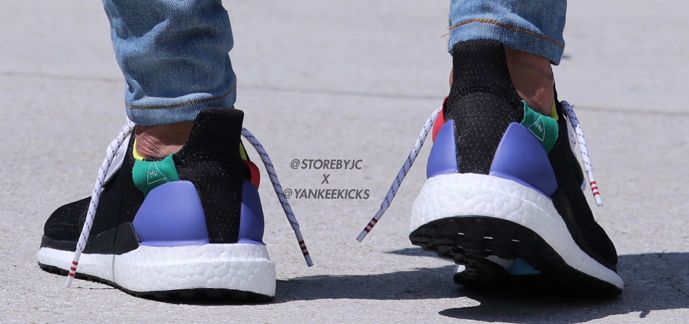 19f1943b54581 Image via  storebyjc  yankeekicks · Pharrell Williams x Adidas Solar Glide  Hu ST  Black  (On-Foot Heel