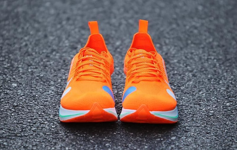 Off-White x Nike Zoom Fly Mercurial Flyknit Total Orange Release Date AO2115-800 Front