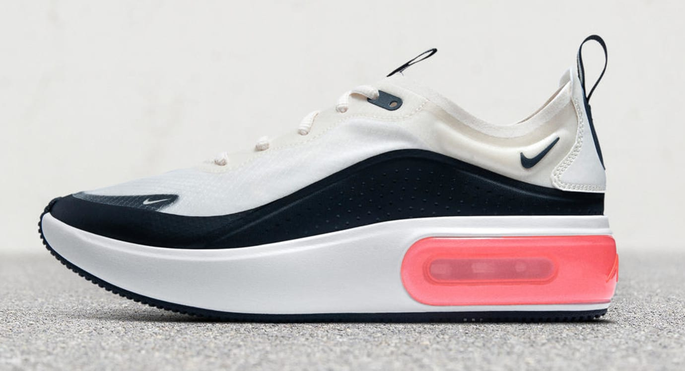 10522a43a660 Nike Air Max Dia  White Black  (Lateral)