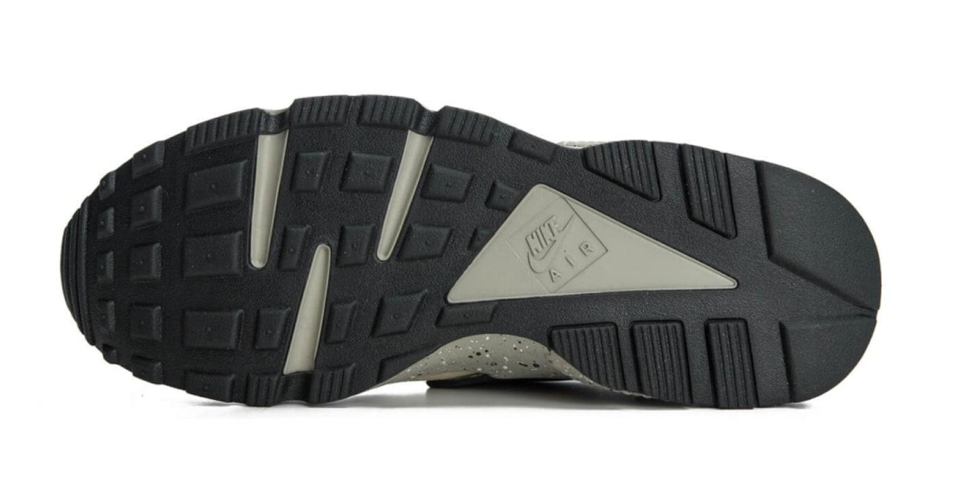 Nike Air Huarache Run Premium 704830-200 (Bottom)