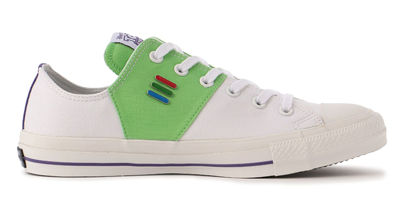 2a3c1924b5 Image via atmos · Toy Story x Converse Chuck Taylor All Star Low 32862650 4