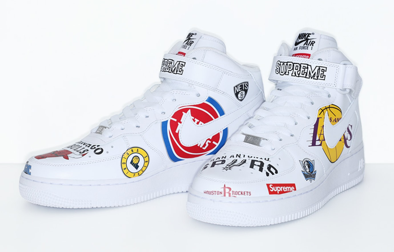 Supreme x Nike x NBA Air Force 1 Mid 'White' AQ8017-100 (Pair)