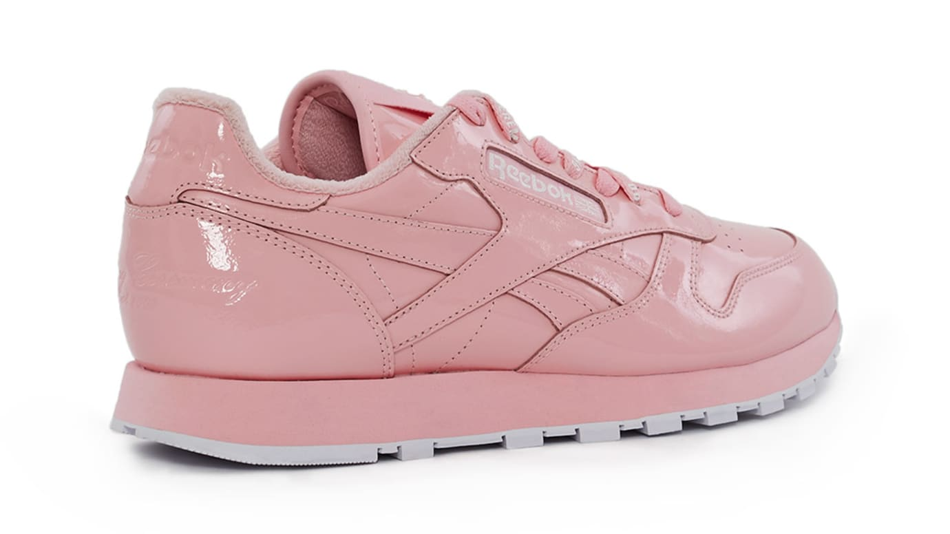 0adeb86550bed8 Image via Opening Ceremony reebok-opening-ceremony-collection