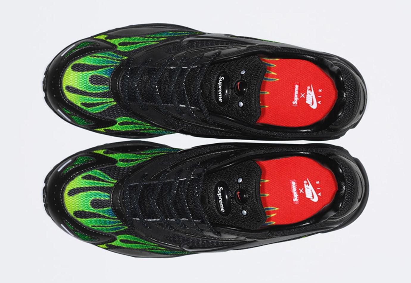 580bceeea9f0 Image via Supreme Supreme x Nike Zoom Streak Spectrum Plus AQ1279-001 (Top)