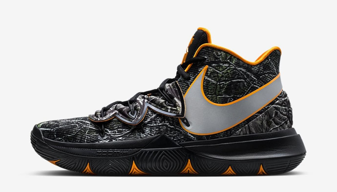 9270cd5456b ... has now been updated with a Nov. 27 release for  130 on SNKRS. Nike Kyrie  5  Taco PE  (Lateral)