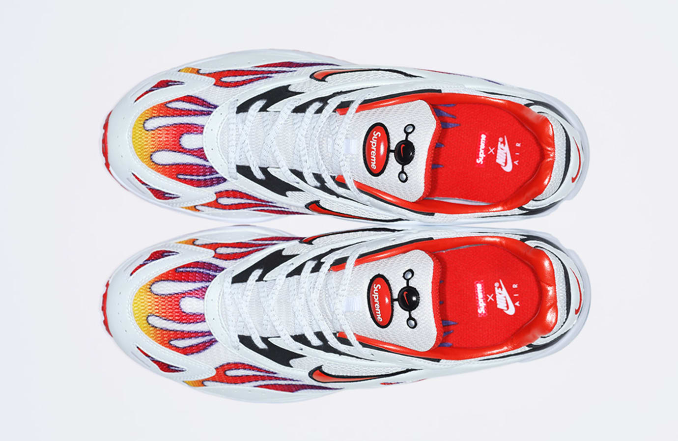 Supreme x Nike Zoom Streak Spectrum Plus AQ1279-100 (Top)