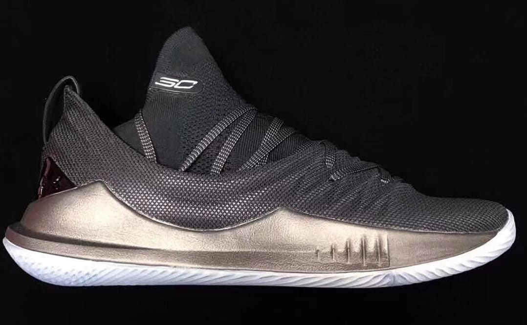 Under Armour Curry 5 'Black' (Lateral)