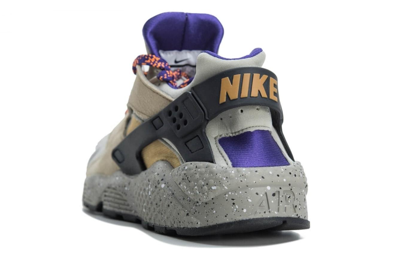 Nike Air Huarache Run Premium 704830-200 (Heel)