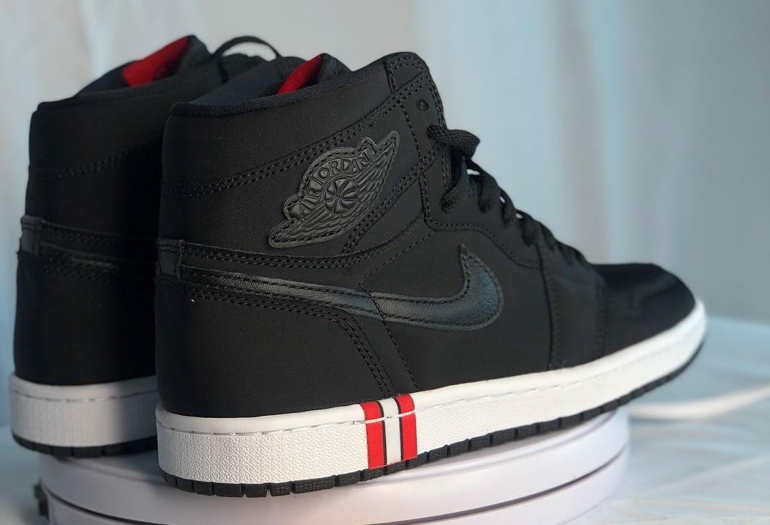 PSG x Air Jordan 1 Release date AR3254-001 Heel