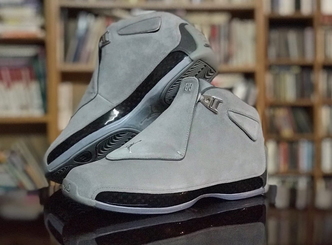 Air Jordan 18 'Cool Grey' AA2494-001 (Pair Side)