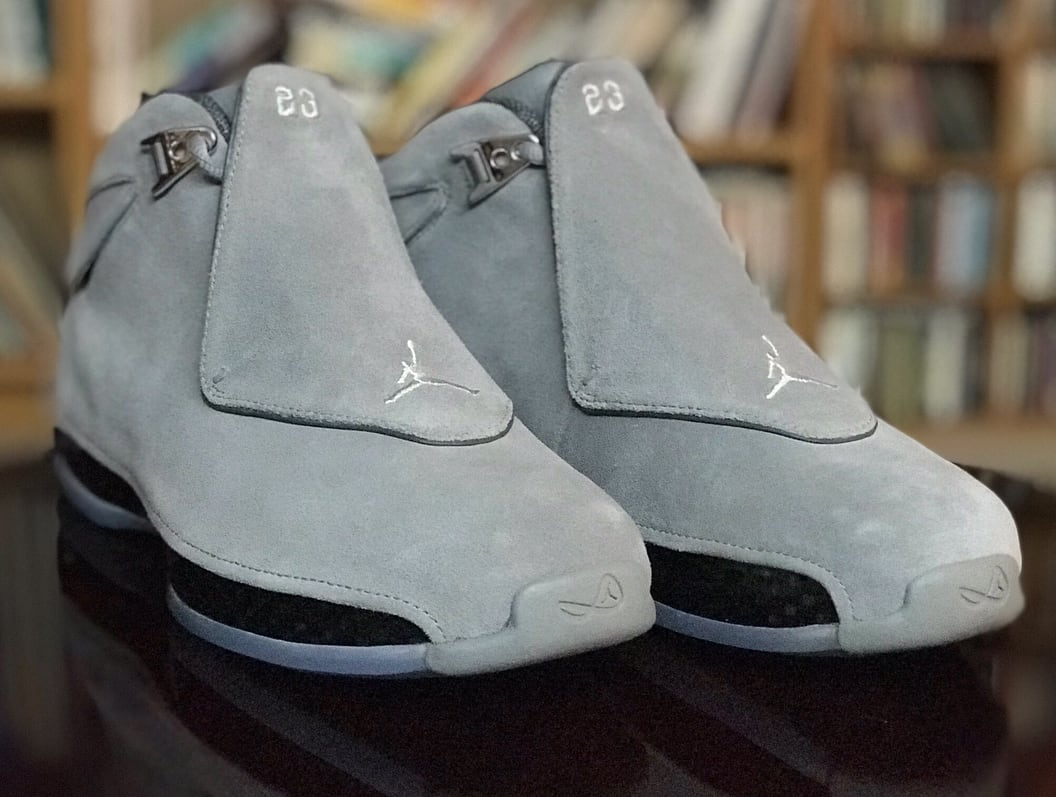 Air Jordan 18 'Cool Grey' AA2494-001 (Pair Front)