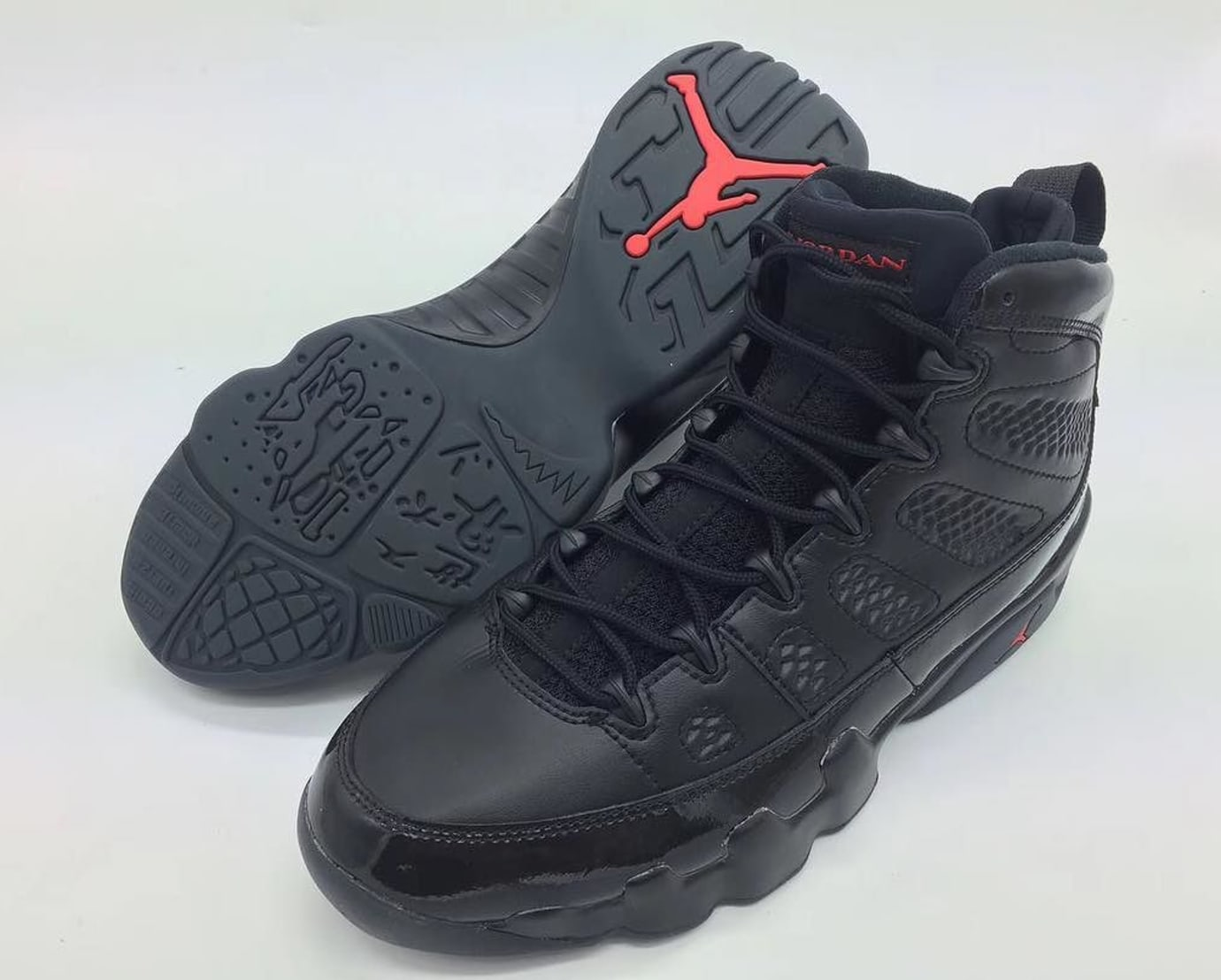 new concept 0fdb4 fc8d8 Air Jordan 9 Black Anthracite Red 2018 Release Date 302370 ...