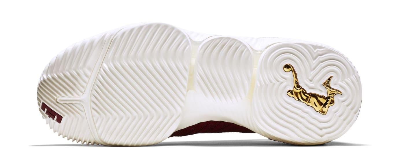 Nike LeBron 16 'King' AO2588-601 (Sole)