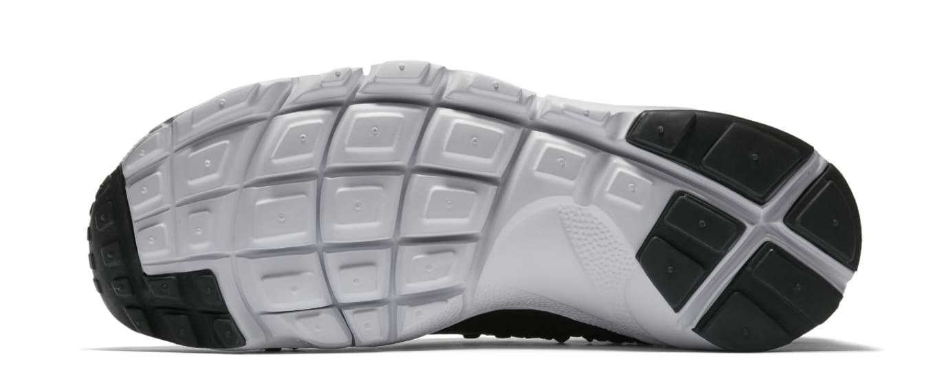 buy online 59881 104da Image via Nike Nike Footscape Woven Chukka Flyknit  Black  AO5417-001 (Sole)