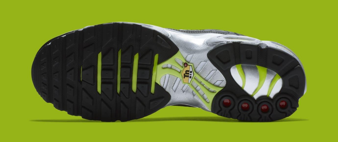 Nike Air Max Plus 'Black/Matte Silver/Volt' 815994-003 (Bottom)