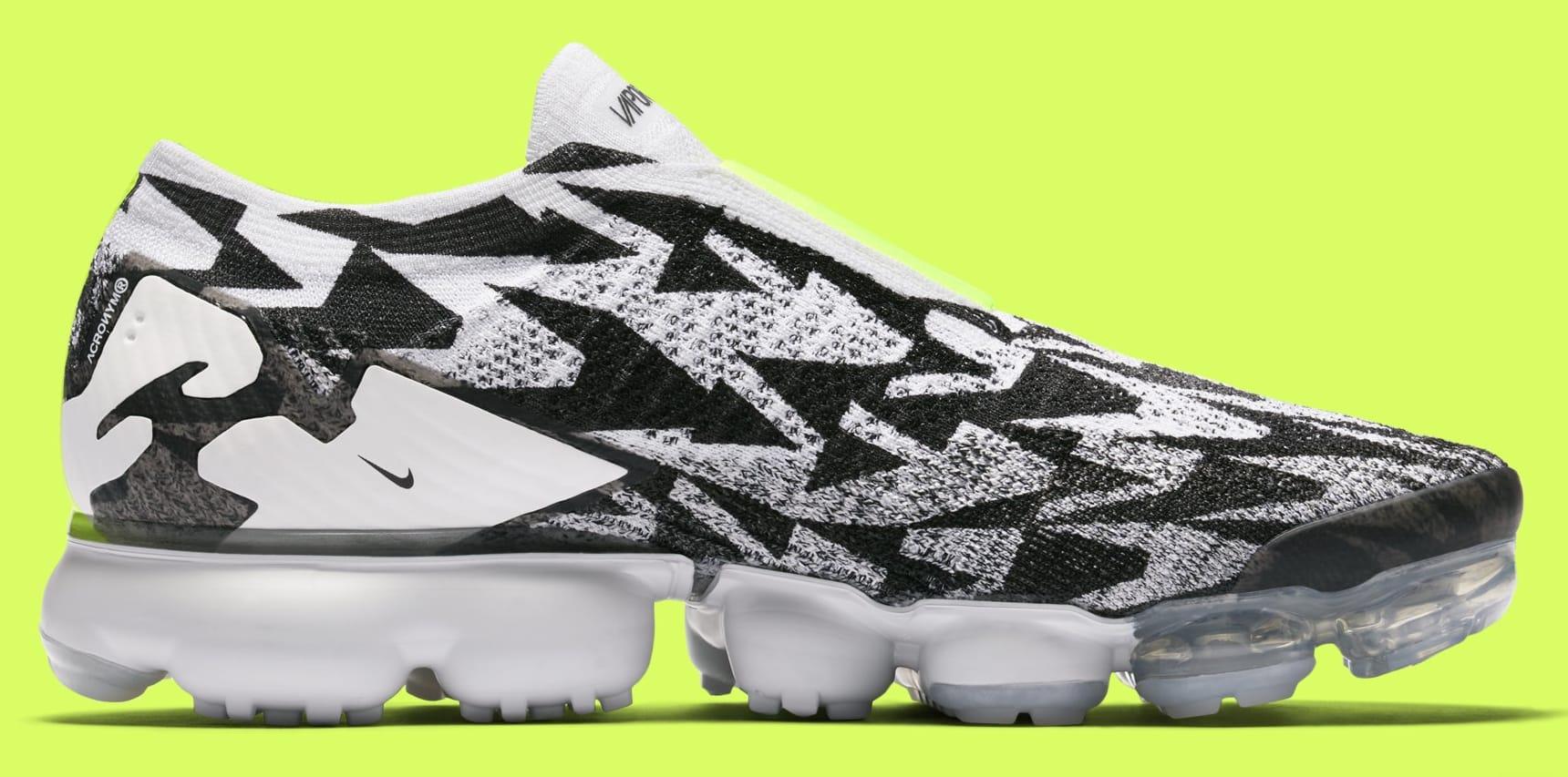 ... run shoes Image via Nike Acronym x Nike Air VaporMax Moc 2 AQ0996-001  ... 3f613517e