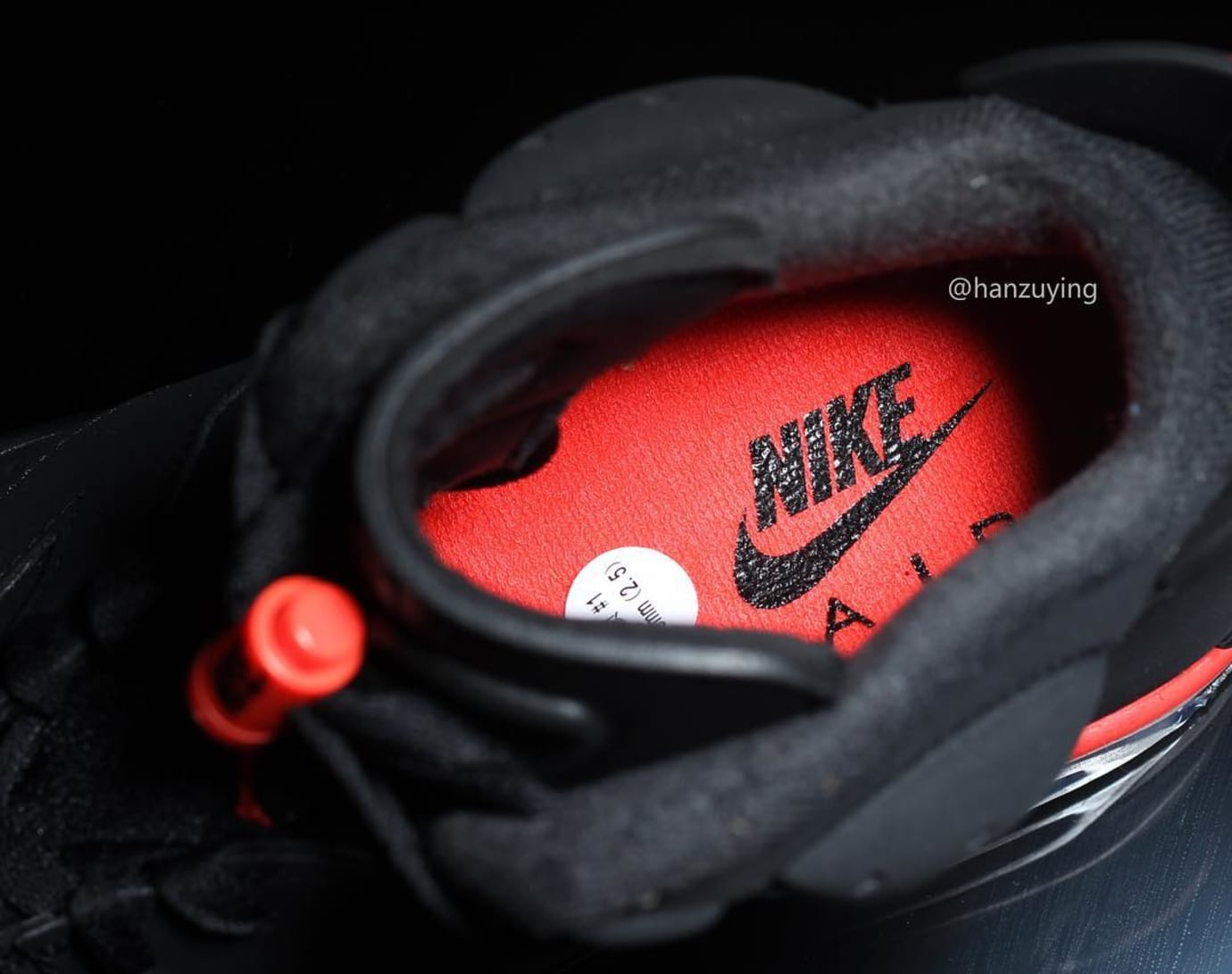 air-jordan-6-black-infrared-2019-early-look-insole