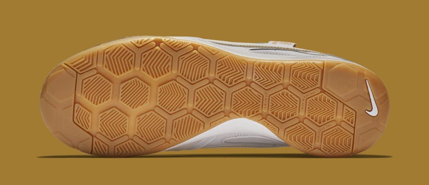 Nike SB Gato AT4607-100 (Bottom)