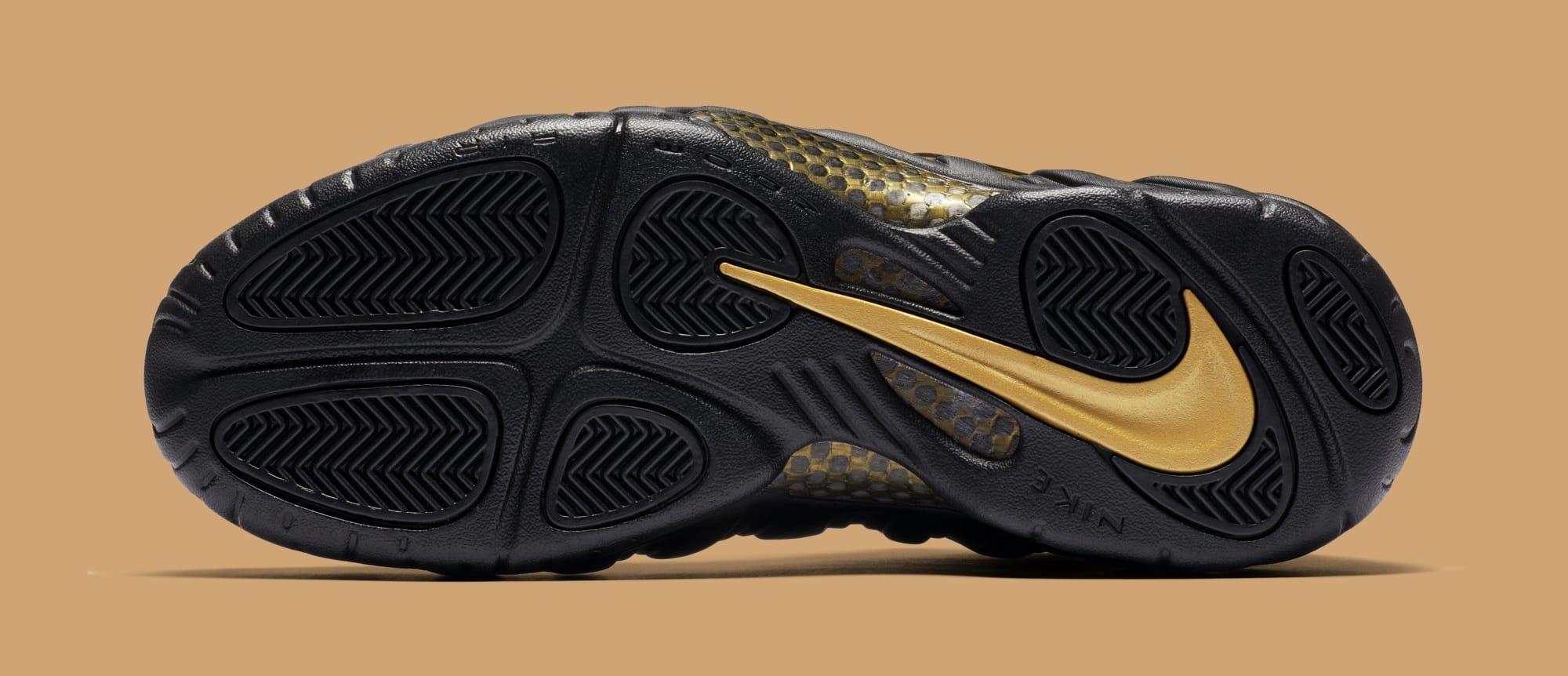 size 40 bbaee 0425f Nike Air Foamposite Pro 'Black/Metallic Gold' Release Date ...