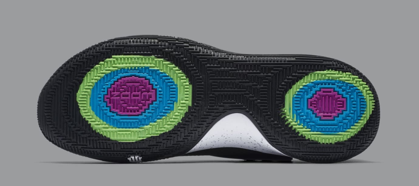 Nike Kyrie 4 Low 'Black/Metallic Silver' AO8979-003 (Bottom)