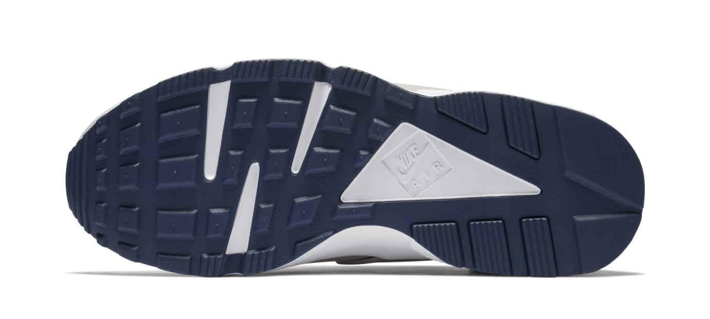 1ea0210eee04 Image via Nike Nike Air Huarache Run  Moon Landing  AQ0553-200 (Sole)