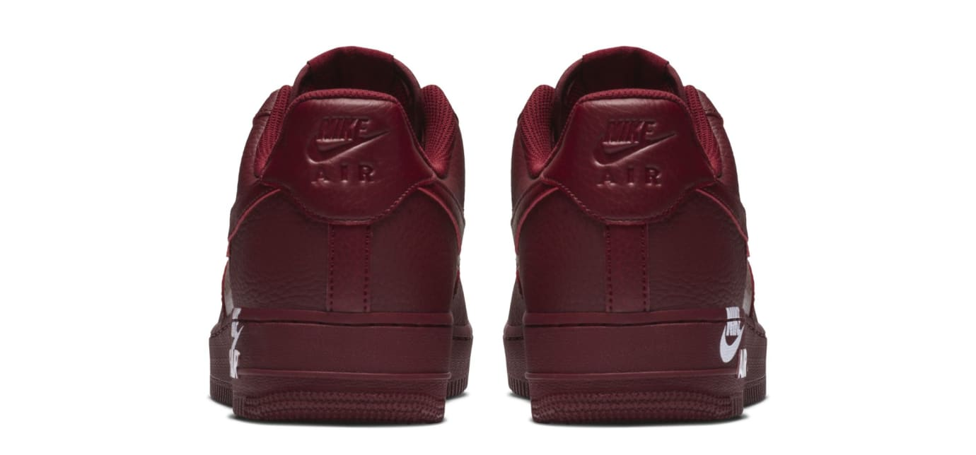 Nike Air Force 1 07 LTHR 'Team Red' (Heel)