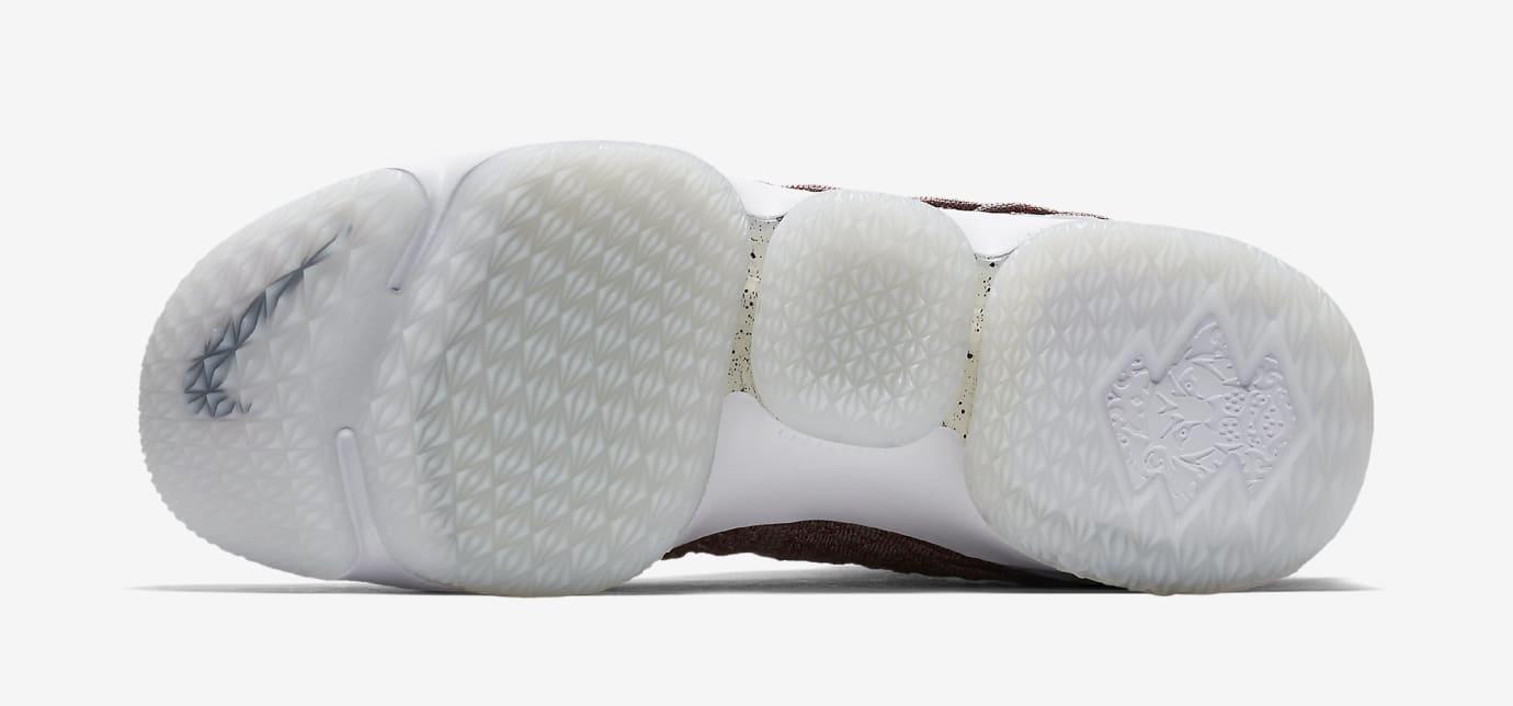 Nike LeBron 15 'Wine' 897649-201 (Bottom)