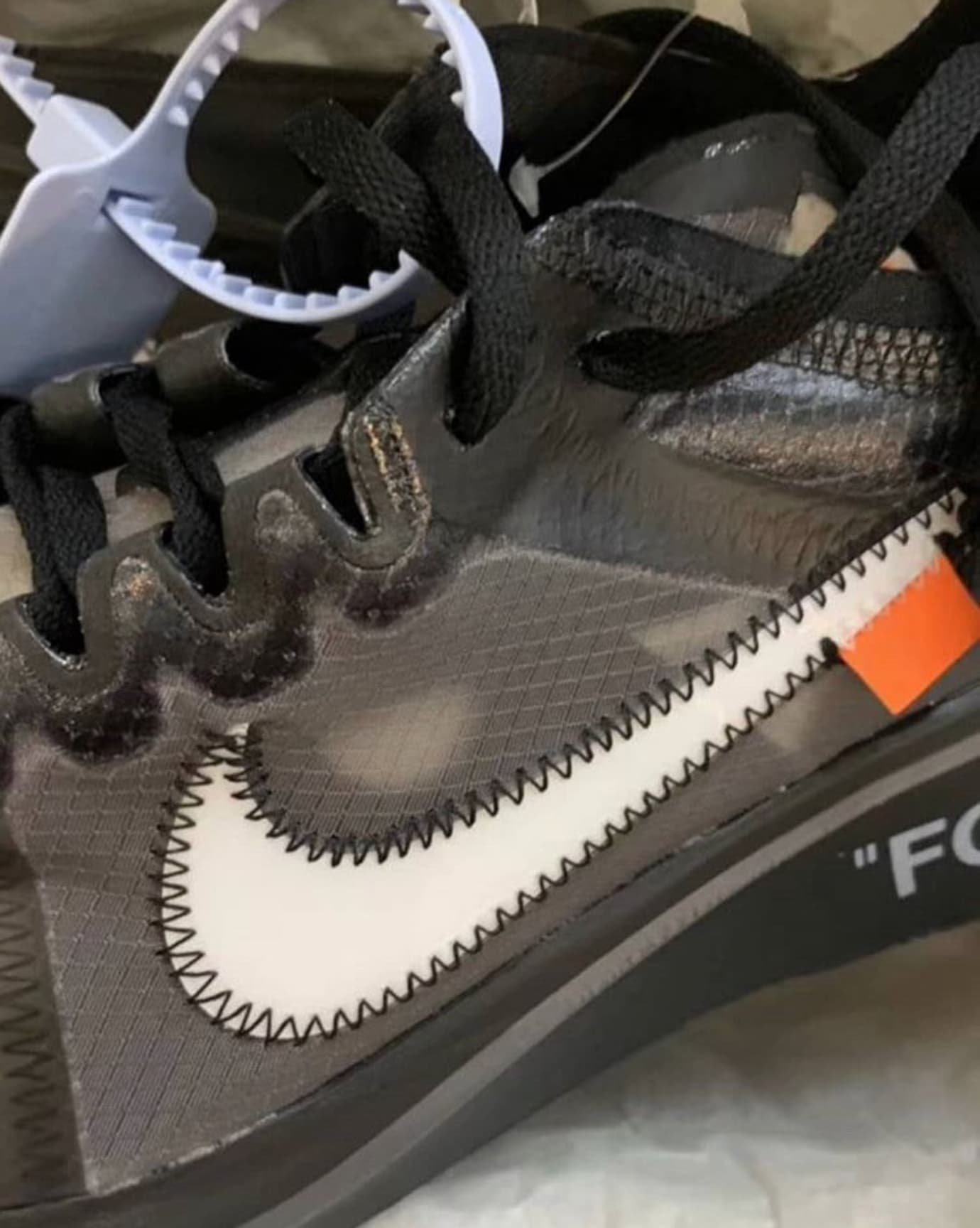 off-white-nike-zoom-fly-sp-black-early-look