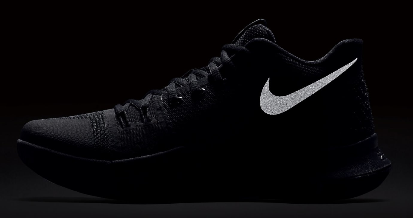 Nike Kyrie 3 'Triple Black'