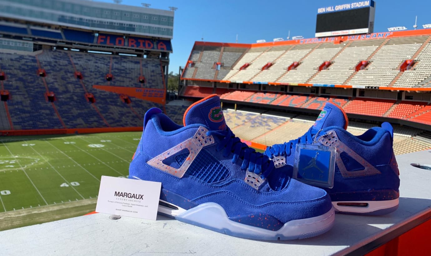 Air Jordan 4 'Florida Gators' PE (Pair)