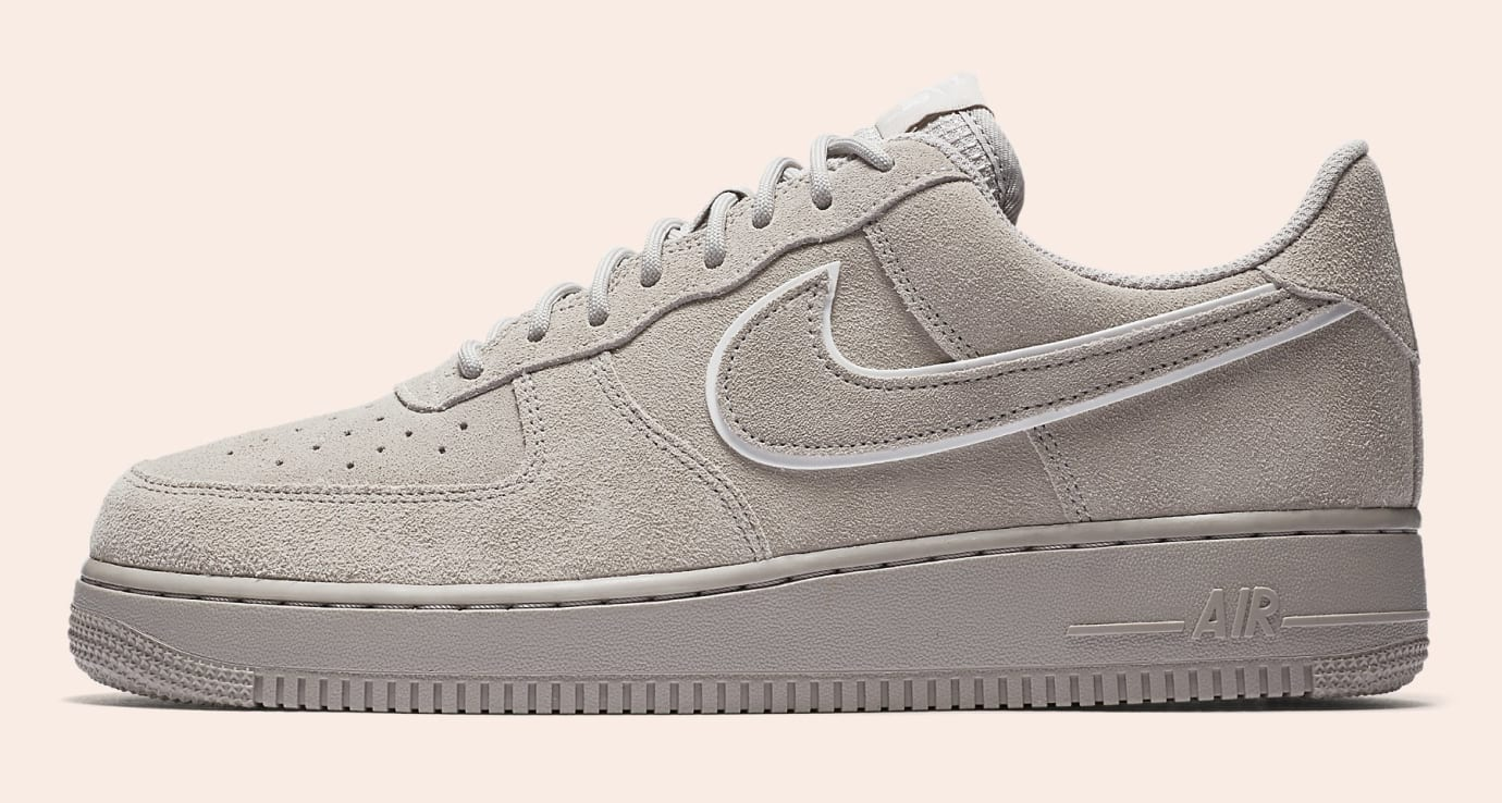 Nike Air Force 1 Suede AA1117-201 (Lateral)