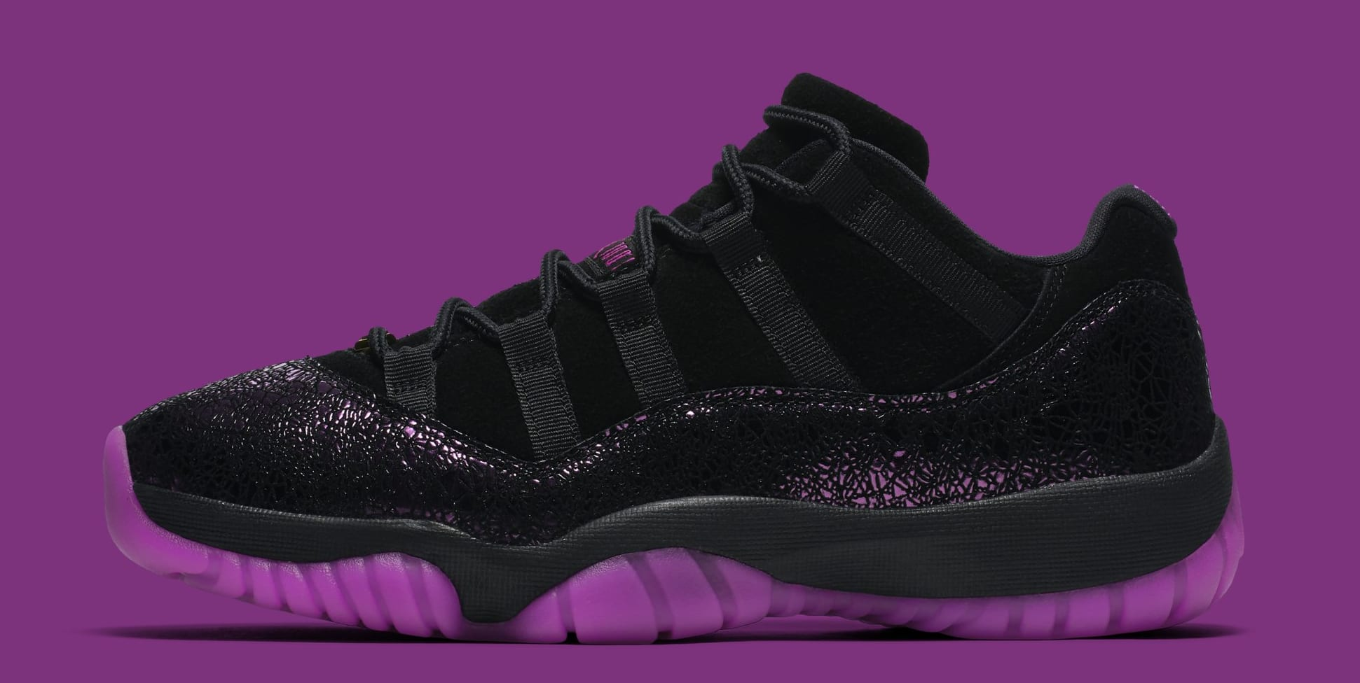Air Jordan 11 Low 'Rook to Queen' AQ5149-005 (Lateral)